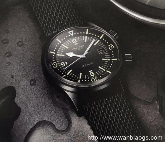 浪琴经典复刻系列传奇潜水员腕表-天梭海星潜水1000系列石英款腕表