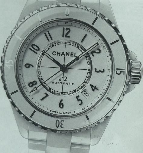香奈儿J12腕表从未改变,又一直在变