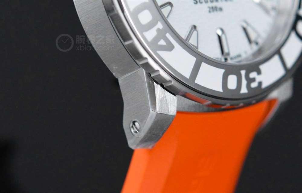 宝齐莱拉维系列全新女装潜水表,把炫丽的糖果佩戴在手腕上-腕表公社