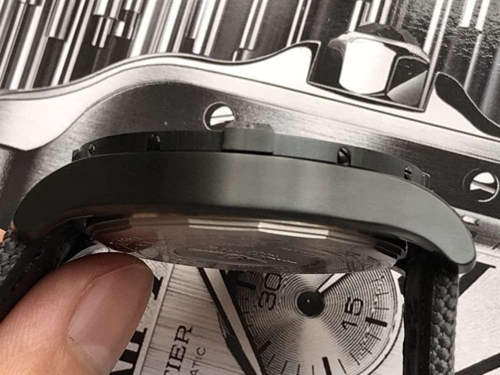 GF厂百年灵黑鸟侦察机复刻表做工「告别一眼假」值不值得入手