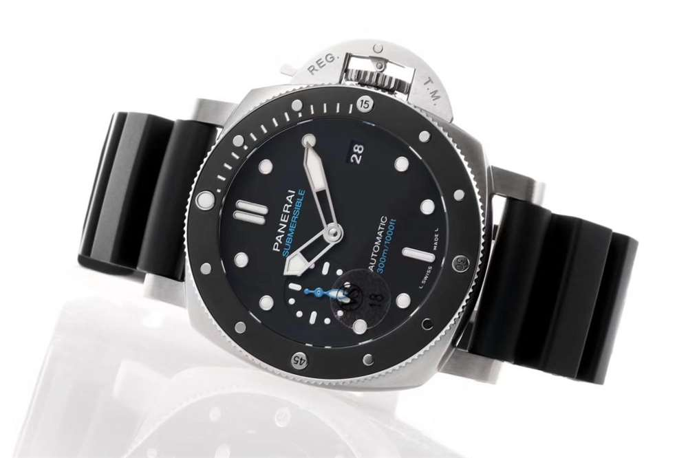 VS厂新品发布专为亚洲手腕定做:VS厂沛纳海683复刻表评测