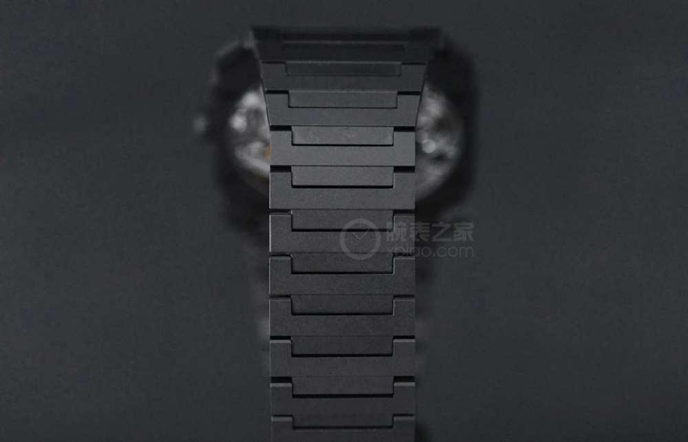 宝格丽OctoFinissimo陶瓷镂空腕表鉴赏,超薄腕表的代表