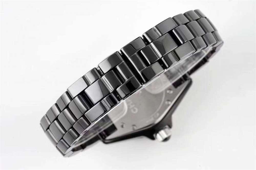 XF厂香奈儿J12系列黑白双绝特点有哪些?如何购买?