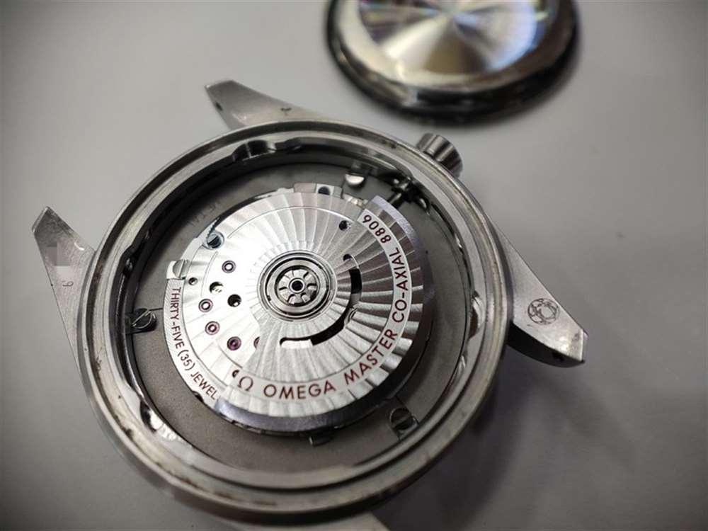 VS厂欧米茄海马007钛壳詹姆斯邦德复刻表做工评测