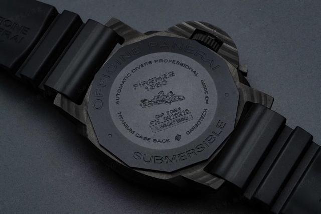 VS厂沛纳海PAM1616硬汉风格碳纤维腕表赏析