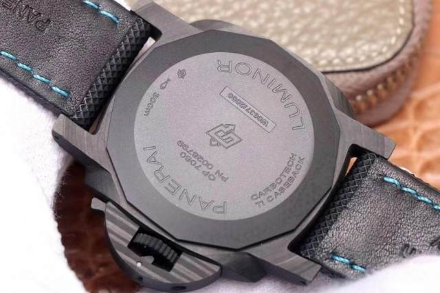 VS厂沛纳海PAM1661碳纤维腕表评测