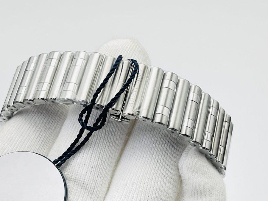 GF厂百年灵Chronomat硬核钢王全能型运动腕表评测-黑色表盘